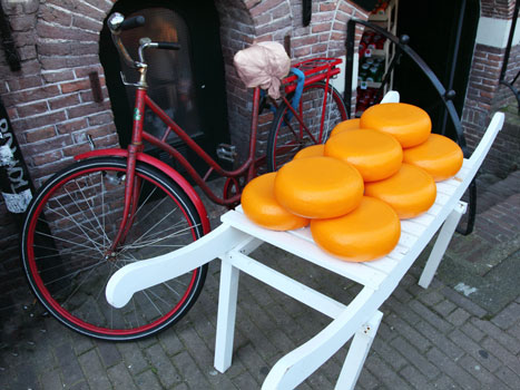 What to Eat and Drink in Amsterdam