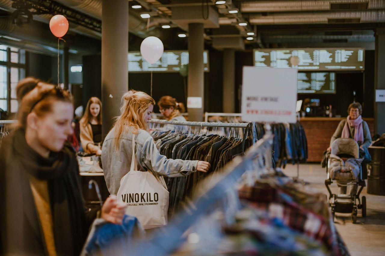 Vintage Kilo Sale • Eindhoven • VinoKilo