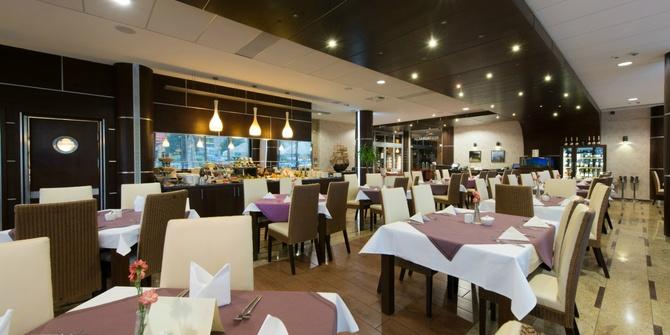 Photo 1 of La Maison Restaurant La Maison Restaurant