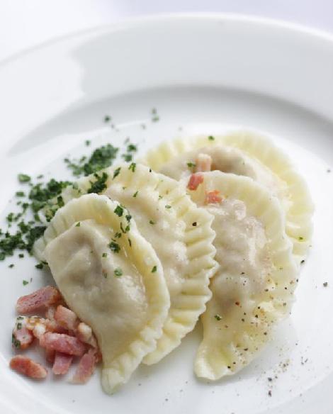 What to eat in Poland : pierogi