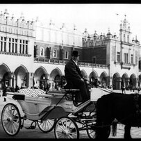 Carriages on the Rynek Glowny
