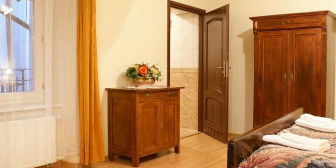 Camea Apartments