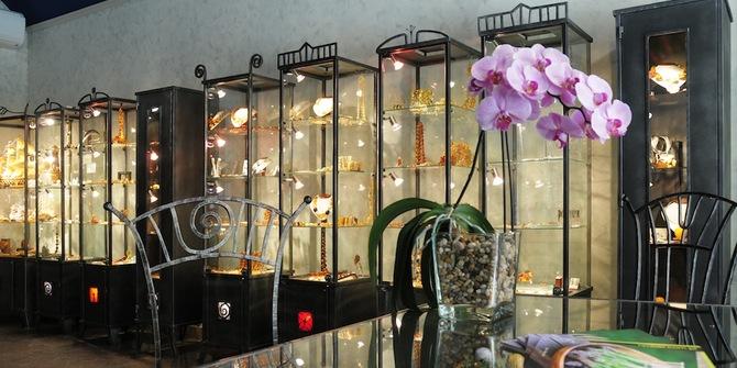 Boruni Amber Gallery