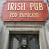Irish Pub Pod Papugami