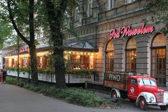 Restaurants in krakow open on christmas eve and christmas for Restaurants open on christmas day 2017