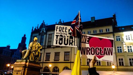 Thursday Ladies Night Pub Crawl in Wroclaw