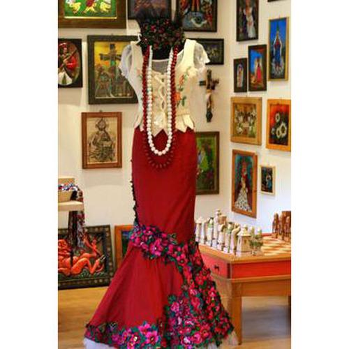 Folk art and crafts
