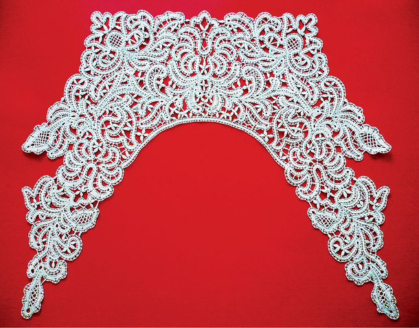The Mastery of Pillow Lace